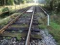 Druhý železniční most přes Metuji se nachází pod oblastí adršpašsko-teplických skal.