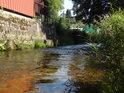 Fotografie řeky Metuje, od pramene až po soutok s řekou Labe ve městě Jaroměř